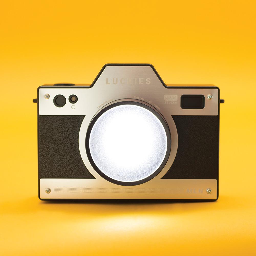 מנורת לילה נטענת Camera Light