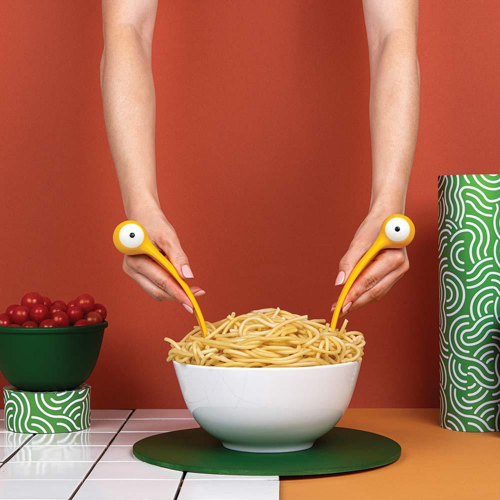 כפות מפלצות פסטה Pasta Monsters