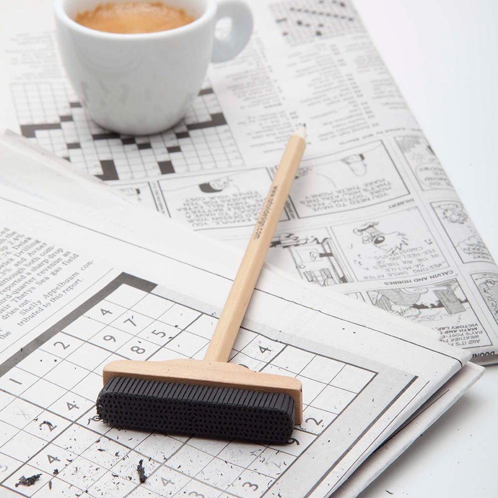 עיפרון מטאטא - Pencil Broom