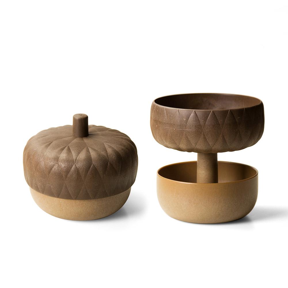 כלי הגשה בעיצוב בלוט Acorn