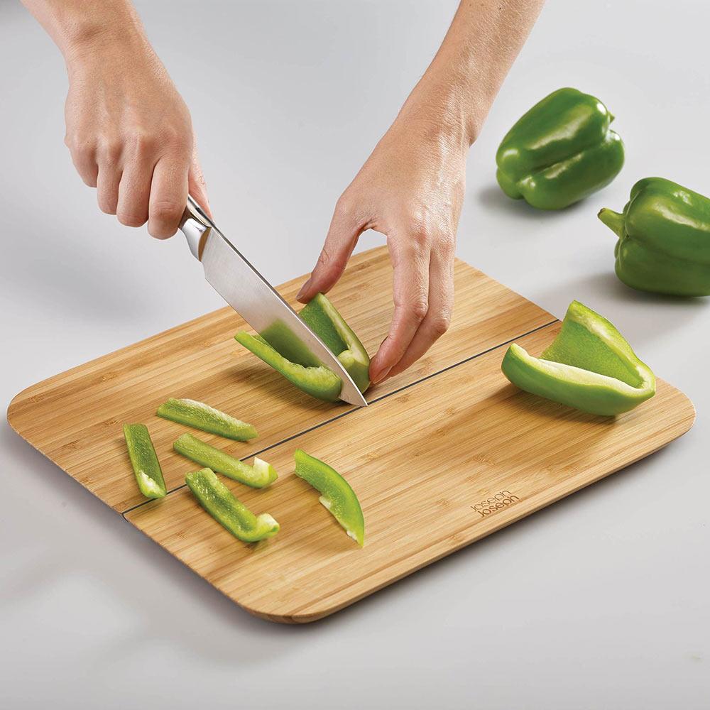 קרש חיתוך מתקפל מבמבוק קטן Chop2Pot