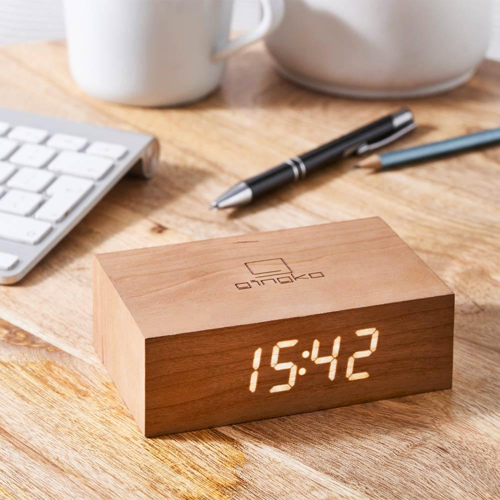 שעון מתהפך – עץ דובדבן